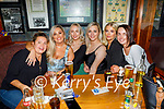 Enjoying the evening in Killarney on Saturday, l to r: Martha Nowak, Maria Clancy, Susan Conway, Jolene Wallace, Claire Jordan and Louise Doran, (All Tralee)
