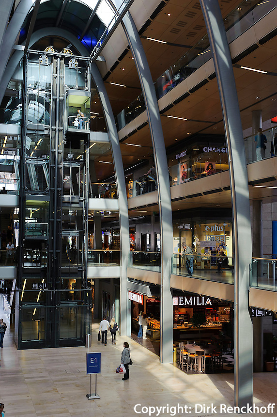 Einkaufspassage Europa-Passage in Hamburg, Deutschland