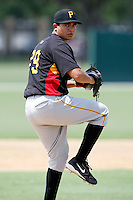 July 13, 2009:  Pitcher Eliecer Navarro of the GCL Pirates during a game at Tiger Town in Lakeland, FL.  The GCL Pirates are the Gulf Coast Rookie League affiliate of the Pittsburgh Pirates.  Photo By Mike Janes/Four Seam Images