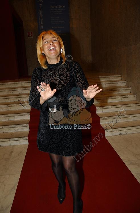 """NICOLETTA FIORUCCI<br /> VERNISSAGE """"ROMA 2006 10 ARTISTI DELLA GALLERIA FOTOGRAFIA ITALIANA"""" AUDITORIUM DELLA CONCILIAZIONE ROMA 2006"""