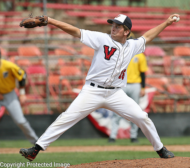 RAPID CITY, SD -- JULY 29, 2009 -- Grant Lueders of Vermillion throws relief late in a game against Mitchell at the 2009 South Dakota State Legion Baseball Tournament at Fitzgerald Stadium in Rapid City.  (Photo by Dick Carlson/Inertia)