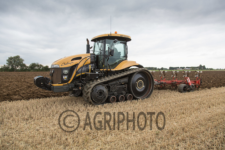 Cat challenger ploughing in the Lincolnshire Fens <br /> Picture Tim Scrivener 07850 303986<br /> ….Covering agriculture in the UK….