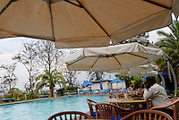 """Rwanda Kigali, Hotel des Milles Collines was filmset for the movie """"Hotel Rwanda"""" a story about hotelier Paul Rusesabagina, who attempts to rescue his fellow citizens from the ravages of the Rwandan Genocide in 1994  / Ruanda Kigali , Hotel des Milles Collines bekannt geworden durch den Film Hotel Ruanda ueber den Genozid 1994 und den Konflikt zwischen Hutu und Tutsi"""