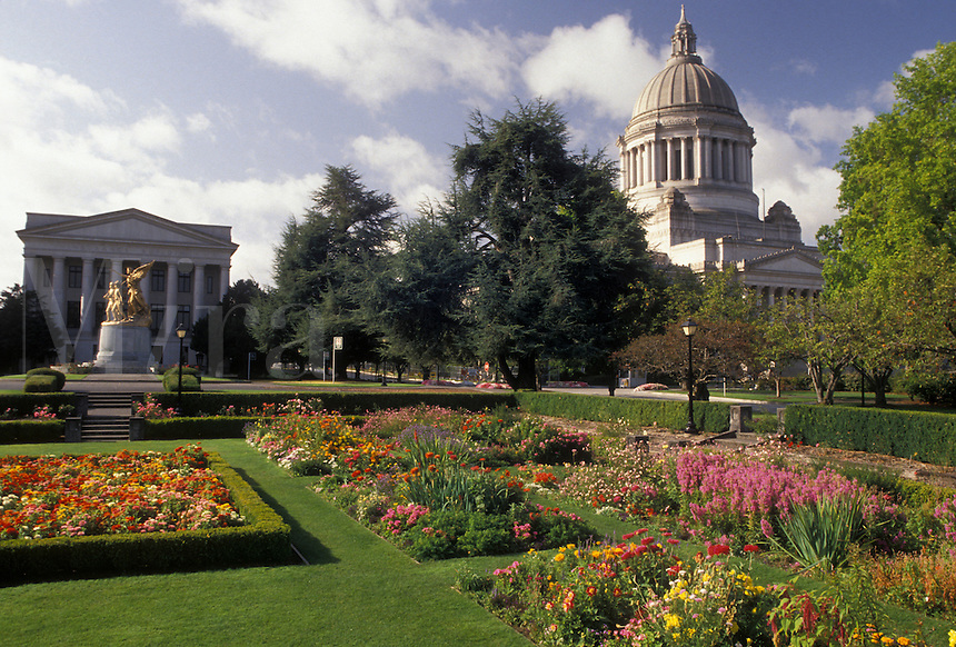 AJ3686, Olympia, State Capitol, State House, Washington, View of the State Capitol Building from the flower gardens on the Capitol Campus in the capital city of Olympia in the state of Washington.