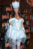 WEST HOLLYWOOD, CA, USA - OCTOBER 25: Reality Star Farrah Abraham meets fans to promote her new line of toys and novelties at Hustler Hollywood on October 25, 2014 in West Hollywood, California, United States. (Photo by Xavier Collin/Celebrity Monitor)