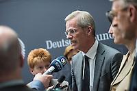 """Am Mittwoch den 11. Mai 2016 fand die 18. Sitzung des 2. NSU-Untersuchungsausschusses des Deutschen Bundestag statt. <br /> Als Zeugen waren gelanden: Kriminalhauptkommissar Mario Woetzel und der leitende Kriminaldirektor Michael Menzel.<br /> Kurz vor Sitzungsbeginn wurde dem Ausschuss durch die Bundesregierung mitgeteilt, dass (angeblich durch Zufall) ein Handy des V-Mannes """"Corelli"""" aufgetaucht sei. Das Handy wurde, nach Aussagen von Ausschussmitgliedern, schon 2015 gefunden, dies aber dem Ausschuss erst kurz vor der Sitzung am 11. Mai 2016 mitgeteilt. Es sollen sich ueber 200 Datensaetze mit Kontakten in die Naziszene in ganz Europa auf dem Handy befinden.<br /> Im Bild: Der Ausschussvorsitzende Clemens Binninger (CDU).<br /> 11.5.2016, Berlin<br /> Copyright: Christian-Ditsch.de<br /> [Inhaltsveraendernde Manipulation des Fotos nur nach ausdruecklicher Genehmigung des Fotografen. Vereinbarungen ueber Abtretung von Persoenlichkeitsrechten/Model Release der abgebildeten Person/Personen liegen nicht vor. NO MODEL RELEASE! Nur fuer Redaktionelle Zwecke. Don't publish without copyright Christian-Ditsch.de, Veroeffentlichung nur mit Fotografennennung, sowie gegen Honorar, MwSt. und Beleg. Konto: I N G - D i B a, IBAN DE58500105175400192269, BIC INGDDEFFXXX, Kontakt: post@christian-ditsch.de<br /> Bei der Bearbeitung der Dateiinformationen darf die Urheberkennzeichnung in den EXIF- und  IPTC-Daten nicht entfernt werden, diese sind in digitalen Medien nach §95c UrhG rechtlich geschuetzt. Der Urhebervermerk wird gemaess §13 UrhG verlangt.]"""