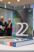 Vorstellung des 22. Berichts der Kommission zur Ermittlung des Finanzbedarfs der Rundfunkanstalten (KEF) am Donnerstag, den 20. Februar 2020 in der Vertretung des Landes Rheinland-Pfalz beim Bund und bei der Europäischen Union, in Berlin.<br /> Im Bild: Der KEF-Bericht.<br /> 20.2.2020, Berlin<br /> Copyright: Christian-Ditsch.de<br /> [NUR FUER REDAKTIONELLE ZWECKE! Werbung nur auf Anfrage beim Fotografen. Inhaltsveraendernde Manipulation des Fotos nur nach ausdruecklicher Genehmigung des Fotografen. Vereinbarungen ueber Abtretung von Persoenlichkeitsrechten/Model Release der abgebildeten Person/Personen liegen nicht vor. NO MODEL RELEASE! Don't publish without copyright Christian-Ditsch.de, Veroeffentlichung nur mit Fotografennennung, sowie gegen Honorar, MwSt. und Beleg. Konto: I N G - D i B a, IBAN DE58500105175400192269, BIC INGDDEFFXXX, Kontakt: post@christian-ditsch.de<br /> Bei der Bearbeitung der Dateiinformationen darf die Urheberkennzeichnung in den EXIF- und  IPTC-Daten nicht entfernt werden, diese sind in digitalen Medien nach §95c UrhG rechtlich geschuetzt. Der Urhebervermerk wird gemaess §13 UrhG verlangt.]