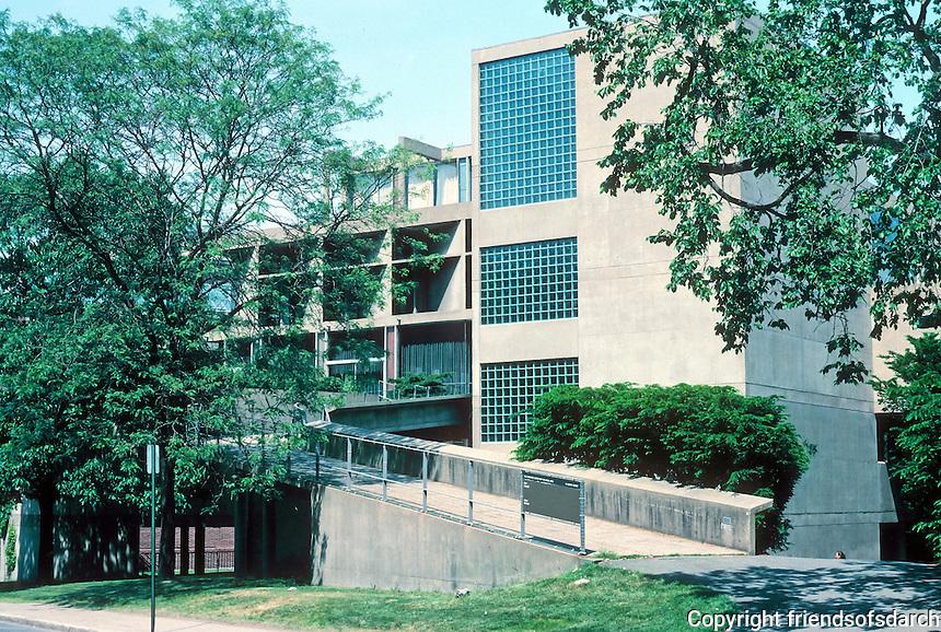 Le Corbusier: Carpenter Center, Harvard University, Cambridge MA. Quincy Street main entrance, west elevation, just across from Harvard Yard.