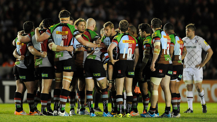 Chris Robshaw of Harlequins rallies his team during the Aviva Premiership match between Harlequins and Leicester Tigers at the Twickenham Stoop on Friday 18th April 2014 (Photo by Rob Munro)