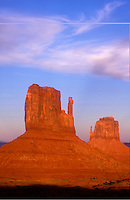 USA, Arizona, Monument Valley Navajo Tribal Park, Left and Right Mittens
