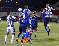 TUNJA- COLOMBIA, 04-02-2018:Acción de juego entre los equipos Boyacá Chico Y  Millonarios  durante el partido entre el Boyacá Chicó  y Millonarios   por la fecha 1 de la Liga Águila II 2018 jugado en el estadio La Independencia. / Action game between Boyaca Chico and Millonarios  during match between Boyaca Chico and Millonarios  for the date 1 of the Aguila League I 2018 played at La Independencia stadium. Photo: VizzorImage/ José Miguel Palencia / Contribuidor