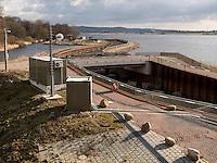Fischtreppe erbaut von Vattenfall, in der Elbe bei Geesthacht, Schleswig-Holstein, Deutschland <br /> fish ladder built by Vattenfall, River Elbe near Geesthacht, Schleswig-Holstein, Germany