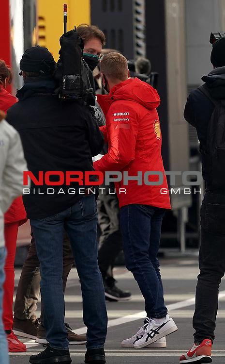 11.10.2020, Nürburgring, Nürburg, Formula 1 Aramco Grosser Preis der Eifel 2020<br /> , im Bild<br />Ola Källenius (Vorstandsvorsitzender der Daimler AG) begrüßt Mick Schumacher<br /> <br /> Foto © nordphoto / Bratic