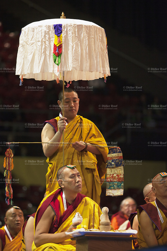 Switzerland. Basel. St. Jakobshalle. Buddhist ritual. Avalokiteshvara (Chenresig in tibetan) particularly embodies compassion of a Buddha indiscriminately directed to all sentient beings. Avalokiteśvara is a bodhisattva who embodies the compassion of all Buddhas. Avalokiteśvara is one of the more widely revered bodhisattvas in mainstream Mahayana Buddhism, as well as unofficially in Theravada Buddhism. 8.02.2015 © 2015 Didier Ruef