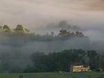 ITA, Italien, Marken, Landschaft bei Camerino im Morgennebel   ITA, Italy, Marche, landscape near Camerino