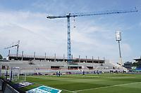 Neue Haupttribüne im Stadion am Böllenfalltor<br /> <br /> - 24.07.2021 Fussball 2. Bundesliga, Saison 21/22, Spieltag 1, SV Darmstadt 98 - SV Jahn Regensburg, Stadion am Boellenfalltor, emonline, emspor, <br /> <br /> Foto: Marc Schueler/Sportpics.de<br /> Nur für journalistische Zwecke. Only for editorial use. (DFL/DFB REGULATIONS PROHIBIT ANY USE OF PHOTOGRAPHS as IMAGE SEQUENCES and/or QUASI-VIDEO)