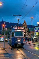 Transporte urbano em Zurich. Suiça. 2008. Foto de Cris Berger.