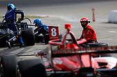 #8: Marcus Ericsson, Chip Ganassi Racing Honda, pit stop, #10: Felix Rosenqvist, Chip Ganassi Racing Honda