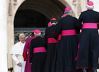 Papa Francesco saluta alcuni vescovi al termine dell'udienza generale del mercoledi' in Piazza San Pietro, Citta' del Vaticano, 22 marzo, 2017.<br /> Pope Francis greets bishops at the end of his weekly general audience in St. Peter's Square at the Vatican, on March 22, 2017.<br /> UPDATE IMAGES PRESS/Isabella Bonotto<br /> <br /> STRICTLY ONLY FOR EDITORIAL USE