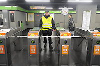 - Milan subway station Famagosta, private guards in security service....- Milano, stazione Famagosta della Metropolitana, guardie private in servizio di sicurezza