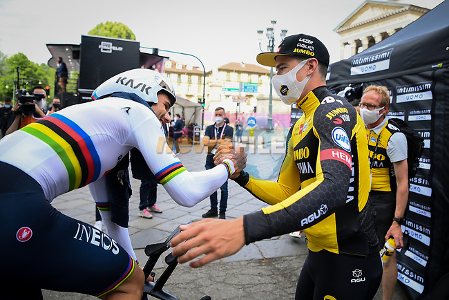 Edoardo Affini (ITA) Jumbo-Visma congratulates World Champion Filippo Ganna (ITA) Ineos Grenadiers after he wins Stage 1 of the 2021 Giro d'Italia, and individual time trial running 8.6km around Turin, Italy. 8th May 2021.  <br /> Picture: LaPresse/Marco Alpozzi | Cyclefile<br /> <br /> All photos usage must carry mandatory copyright credit (© Cyclefile | LaPresse/Marco Alpozzi)