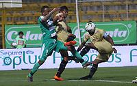 BOGOTÁ - COLOMBIA, 24-04-2019:Carlos Peralta  (Izq.) jugador de La Equidad  disputa el balón con Carlos Ramirez (Der.) jugador de Rionegro  durante partido por la fecha 17 de la Liga Águila I 2019 jugado en el estadio Metropolitano de Techo de la ciudad de Bogotá. /Carlos Peralta (L) player of La Equidad fights the ball  against of Carlos Ramirez (R) player of Rionegro  during the match for the date 17 of the Liga Aguila I 2019 played at the Metropolitano de Techo  stadium in Bogota city. Photo: VizzorImage / Felipe Caicedo / Staff.
