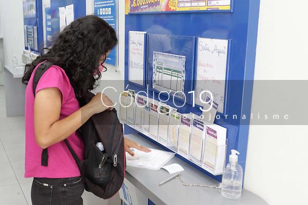 Campinas (SP), 03/09/2021 - Loterias - Movimentação em casa lotérica, nesta sexta-feira (3), no centro da cidade de Campinas (SP).