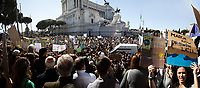 (This photo is an artificial stitch of 5 frames together. It can contain photographic mistakes, and it is part of this story to give the audience an idea of the number of people attending the event).<br />