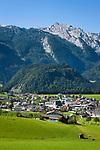 Oesterreich, Salzburger Land, Tennengau, Abtenau: Ferienort vorm Tennengebirge | Austria, Salzburger Land, Tennengau region, Abtenau: resort with Tennen Mountains