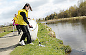 20/04/2010   Copyright  Pic : James Stewart.14_helix_litter  .::  HELIX PROJECT ::  KIDS FROM BRAES HIGH SCHOOL TAKE PART IN THE LITTER PICK AT THE FORTH & CLYDE CANAL BETWEEN LOCK 2 AND THE BLUE BRIDGE ::.