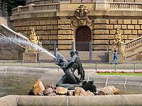 Brunnen vor Wasserturm, Mannheim, Baden-Württemberg, Deutschland, Europa<br /> fountain at Watertower, Mannheim, Baden-Wuerttemberg, Germany, Europe