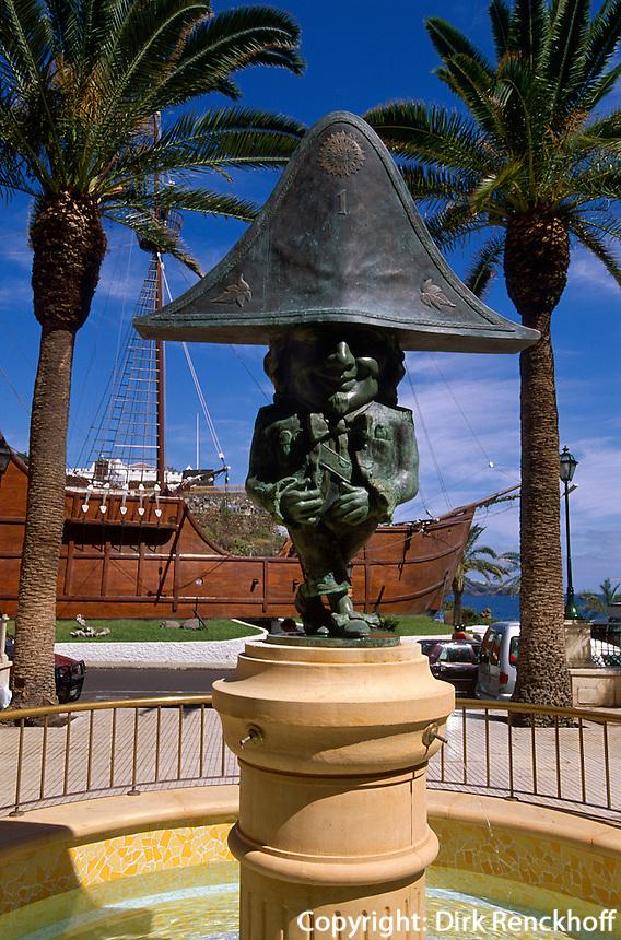 Spanien, Kanarische Inseln, La Palma,  Santa Cruz, El Nano und Schiff des Columbus S.Maria im Museo Navale