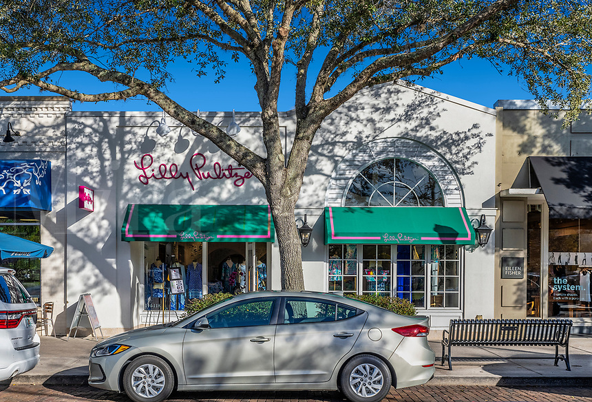 Lilly Pulitzer Signature Store, Winter Park, Florida, USA.
