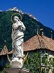 Italien, Suedtirol, Meran: Madonnenstatue | Italy, South-Tyrol, Alto Adige, Merano: statue of the Virgin Mary