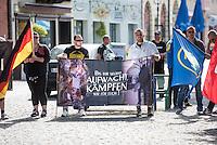 """Die Neonazi-Splitterpartei """"Dritter Weg"""" veranstaltete am Samstag den 1. August 2015 in der Brandenburgischen Kleinstadt Zossen mit ca. 50 Personen eine Kundgebung gegen gegen Fluechtlinge und """"Ueberfremdung"""". An der Kundgebung nahmen auch Mitglieder der NPD und der rechten Splitterpartei """"Die Rechte"""" teil.<br /> 1.8.2015, Zossen/Brandenburg<br /> Copyright: Christian-Ditsch.de<br /> [Inhaltsveraendernde Manipulation des Fotos nur nach ausdruecklicher Genehmigung des Fotografen. Vereinbarungen ueber Abtretung von Persoenlichkeitsrechten/Model Release der abgebildeten Person/Personen liegen nicht vor. NO MODEL RELEASE! Nur fuer Redaktionelle Zwecke. Don't publish without copyright Christian-Ditsch.de, Veroeffentlichung nur mit Fotografennennung, sowie gegen Honorar, MwSt. und Beleg. Konto: I N G - D i B a, IBAN DE58500105175400192269, BIC INGDDEFFXXX, Kontakt: post@christian-ditsch.de<br /> Bei der Bearbeitung der Dateiinformationen darf die Urheberkennzeichnung in den EXIF- und  IPTC-Daten nicht entfernt werden, diese sind in digitalen Medien nach §95c UrhG rechtlich geschuetzt. Der Urhebervermerk wird gemaess §13 UrhG verlangt.]"""