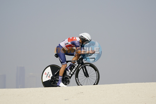 Kiel Reijnen (USA) Trek-Segafredo during Stage 2 of the 2021 UAE Tour an individual time trial running 13km around  Al Hudayriyat Island, Abu Dhabi, UAE. 22nd February 2021.  <br /> Picture: Eoin Clarke | Cyclefile<br /> <br /> All photos usage must carry mandatory copyright credit (© Cyclefile | Eoin Clarke)