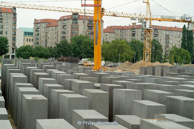 Construction of Peter Eisenmann's Berlin Memorial to Murdered Jews