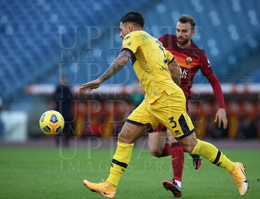 Football, Serie A: AS Roma - Parma, Olympic stadium, Rome, November 22, 2020. <br /> Parma's Giuseppe Pezzella (l) in action with Roma's Borja Mayoral (r) during the Italian Serie A football match between Roma and Parma at Rome's Olympic stadium, on November 22, 2020. <br /> UPDATE IMAGES PRESS/Isabella Bonotto