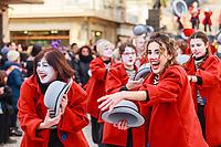 "Europe, Italy, Tuscany, Viareggio, the figures of the ""Aspettando Godot"" chiariot of Alessandro Avanzini, perform during the parade"