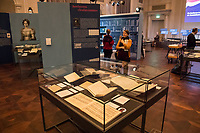 """Beethoven-Ausstellung """"Diesen Kuss der ganzen Welt!"""" in der Staatsbibliothek zu Berlin.<br /> Im Haus Unter den Linden wird eine der weltweit bedeutendsten Sammlungen von Notenhandschriften Ludwig van Beethovens und Autographen vom 11. Maerz bis 30. April 2020 gezeigt.<br /> Im Bild: <br /> <br /> 10.3.2020, Berlin<br /> Copyright: Christian-Ditsch.de<br /> [NUR FUER REDAKTIONELLE ZWECKE! Werbung nur auf Anfrage beim Fotografen. Inhaltsveraendernde Manipulation des Fotos nur nach ausdruecklicher Genehmigung des Fotografen. Vereinbarungen ueber Abtretung von Persoenlichkeitsrechten/Model Release der abgebildeten Person/Personen liegen nicht vor. NO MODEL RELEASE! Don't publish without copyright Christian-Ditsch.de, Veroeffentlichung nur mit Fotografennennung, sowie gegen Honorar, MwSt. und Beleg. Konto: I N G - D i B a, IBAN DE58500105175400192269, BIC INGDDEFFXXX, Kontakt: post@christian-ditsch.de<br /> Bei der Bearbeitung der Dateiinformationen darf die Urheberkennzeichnung in den EXIF- und  IPTC-Daten nicht entfernt werden, diese sind in digitalen Medien nach §95c UrhG rechtlich geschuetzt. Der Urhebervermerk wird gemaess §13 UrhG verlangt.]"""