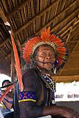Pará State, Brazil. Aldeia Kokraimoro (Kayapo). Elder Tepoquem Kayapo, comander of the festival.