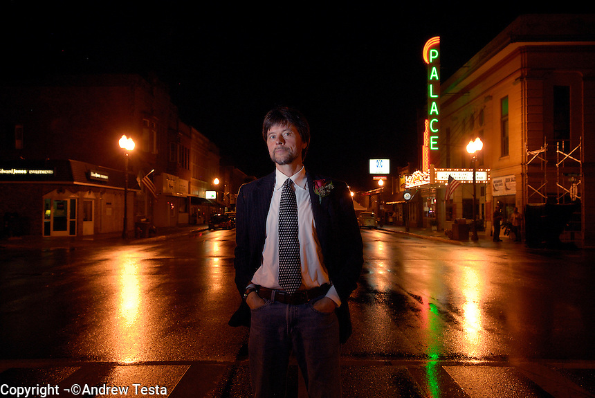 USA. Luverne.  6th September 2007.Ken Burns on the main street in Luverne. On his right,  the Palace theatre, where he premiered his new film, The War..©Andrew Testa/Panos for Newsweek