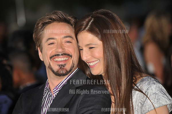 Robert Downey Jr & Catherine Keener at the Los Angeles premiere of their new movie The Soloist at Paramount Theatre, Hollywood..April 20, 2009  Los Angeles, CA.Picture: Paul Smith / Featureflash