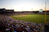 NCAA College World Series. Johnny Rosenblatt Stadium in Omaha, Nebraska.  (Photo by Andrew Woolley / Four Seam Images)