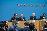Erklaerung am Dienstag den 8. Januar 2019 in Berlin von Bundesinnenminister Horst Seehofer (2.vr.) zusammen mit Holger Muench (links), Praesident des Bundeskriminalamtes (BKA) und Arne Schoenbohm (mitte), Praesident des Bundesamtes fuer Sicherheit in der Informationstechnik (BSI) zu den aktuellen bekannt gewordenen Datendiebstaehlen bei Politikern, Journalisten und Persoenen des oeffentlichen Interesses.<br /> 8.1.2019, Berlin<br /> Copyright: Christian-Ditsch.de<br /> [Inhaltsveraendernde Manipulation des Fotos nur nach ausdruecklicher Genehmigung des Fotografen. Vereinbarungen ueber Abtretung von Persoenlichkeitsrechten/Model Release der abgebildeten Person/Personen liegen nicht vor. NO MODEL RELEASE! Nur fuer Redaktionelle Zwecke. Don't publish without copyright Christian-Ditsch.de, Veroeffentlichung nur mit Fotografennennung, sowie gegen Honorar, MwSt. und Beleg. Konto: I N G - D i B a, IBAN DE58500105175400192269, BIC INGDDEFFXXX, Kontakt: post@christian-ditsch.de<br /> Bei der Bearbeitung der Dateiinformationen darf die Urheberkennzeichnung in den EXIF- und  IPTC-Daten nicht entfernt werden, diese sind in digitalen Medien nach §95c UrhG rechtlich geschuetzt. Der Urhebervermerk wird gemaess §13 UrhG verlangt.]