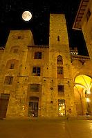 Medieval houses at night around Plazza Cisterna - San Gimignano - Italy