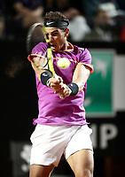 Il tennista spagnolo Rafael Nadal in azione nel corso degli Internazionali d'Italia di tennis a Roma, 18 maggio <br /> Spanish tennis player Rafael Nadal in action during the italian Masters tennis in Rome, on May 18, 2017.<br /> UPDATE IMAGES PRESS/Isabella Bonotto