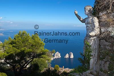 Italy, Campania, Capri: View from Monte Solaro with Roman statue over Faraglioni rocks | Italien, Kampanien, Provinz Neapel, Capri: Blick vom Monte Solaro mit roemischer Statue zu den Faraglioni