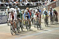 CALI – COLOMBIA – 01-03-2014: Prueba Por Puntos Damas, en el Velodromo Alcides Nieto Patiño, sede del Campeonato Mundial UCI de Ciclismo Pista 2014. / The test Women´s Points Race Final in Alcides Nieto Patiño Velodrome, home of the 2014 UCI Track Cycling World Championships. Photo: VizzorImage / Luis Ramirez / Staff.