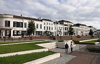 Nederland  Zutphen - 2020.   De IJsselkade is heringericht en nu beter bestand tegen hoog water.  Foto : ANP/ HH / Berlinda van Dam